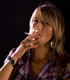 Teen Smokers At Risk of Osteoporosis