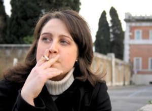 smoking2-dreamstime